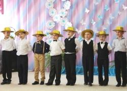Праздник 8 марта в детском саду.