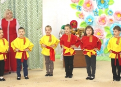 Восьмое марта в детском саду